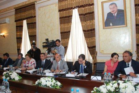 Dini Qurumlarla İş üzrə Dövlət Komitəsində keçirilən dəyirmi masa 21.07.2011